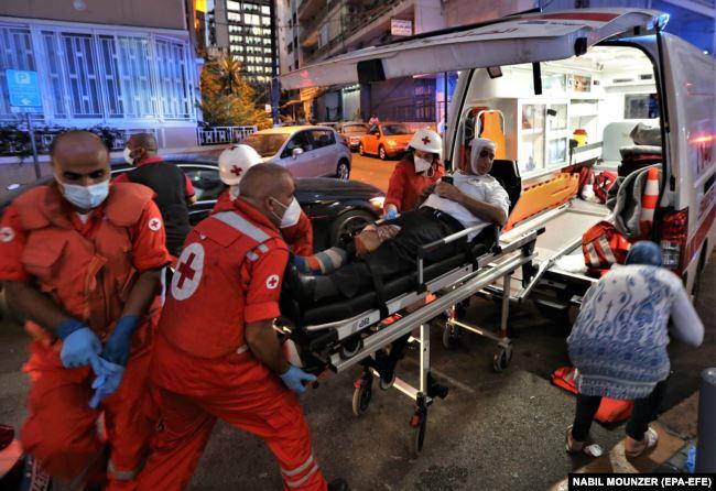 Ливанские медики и работники госпиталей говорят, что уже ни одного свободного места для поступающих все время пострадавших у них не осталось
