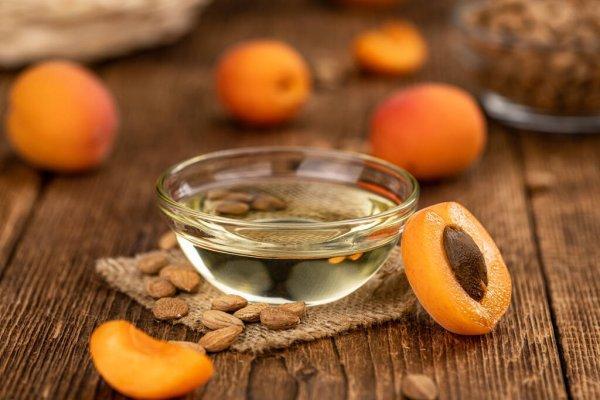 Картинки масло абрикосовых косточек, Стоковые Фотографии и Роялти-Фри  Изображения масло абрикосовых косточек | Depositphotos®
