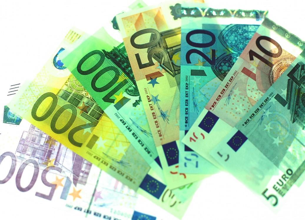 Billedresultat for robert mundell and the euro