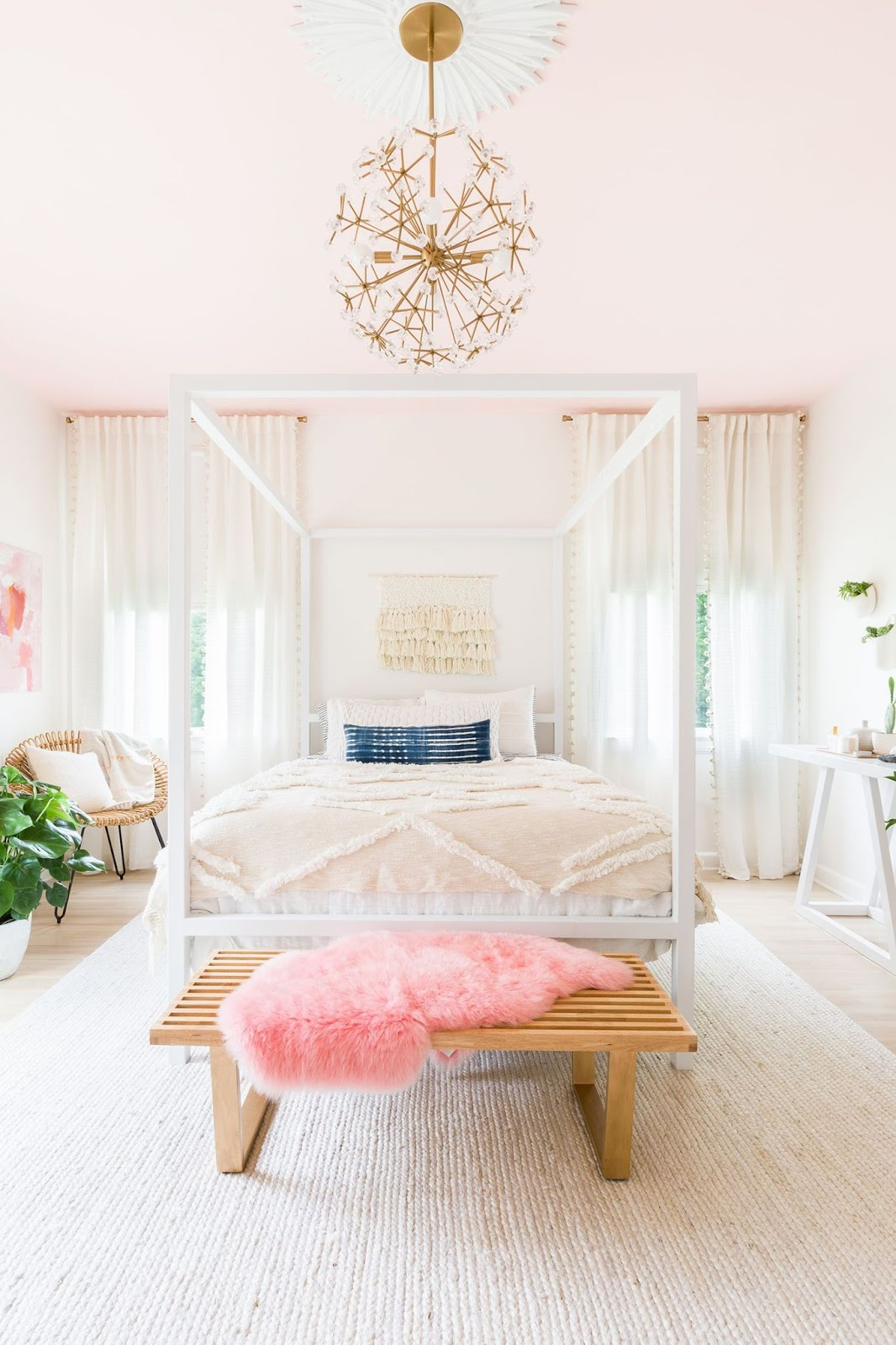 Get a Feminine Look WIth a Chandelier
