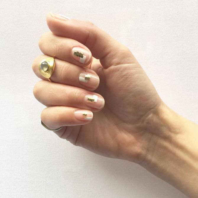 beautiful manicure for short nails