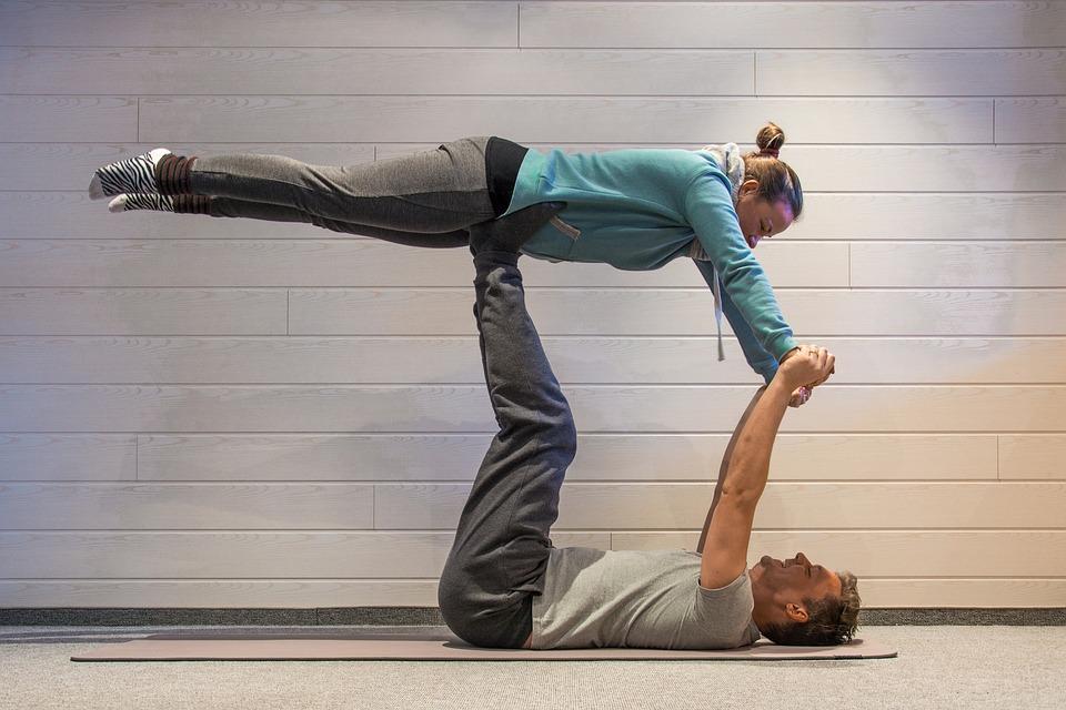 Prueba Nuestro Yoga Challenge Posturas De 1 2 Y 3