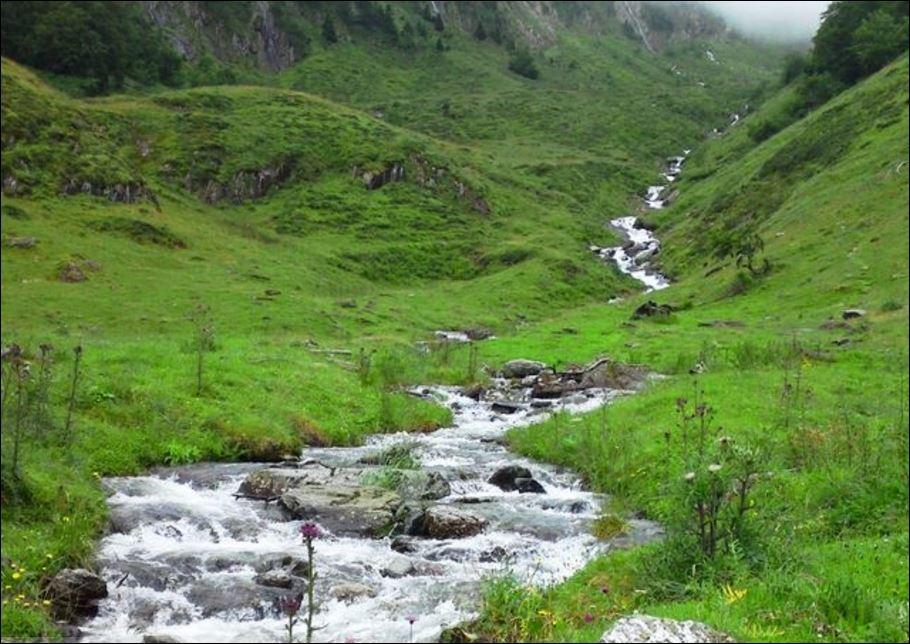 Randonnée aux lacs d'Oo, Espingo et Saussat depuis les granges d'Astau 88.JPG