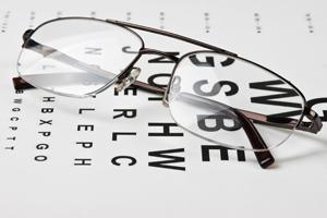 http://1.bp.blogspot.com/-Iwy3JdlGHyc/U_yh1rydvoI/AAAAAAAAAHo/-lGEfA3DIGU/s1600/glasses_blog.png