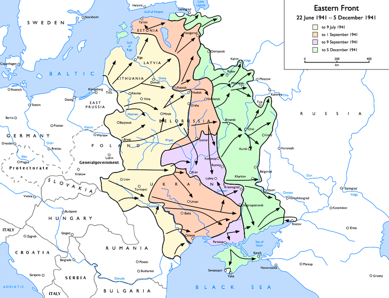 Map of the Eastern Front, extending over 1000 kilometers into Soviet territory.