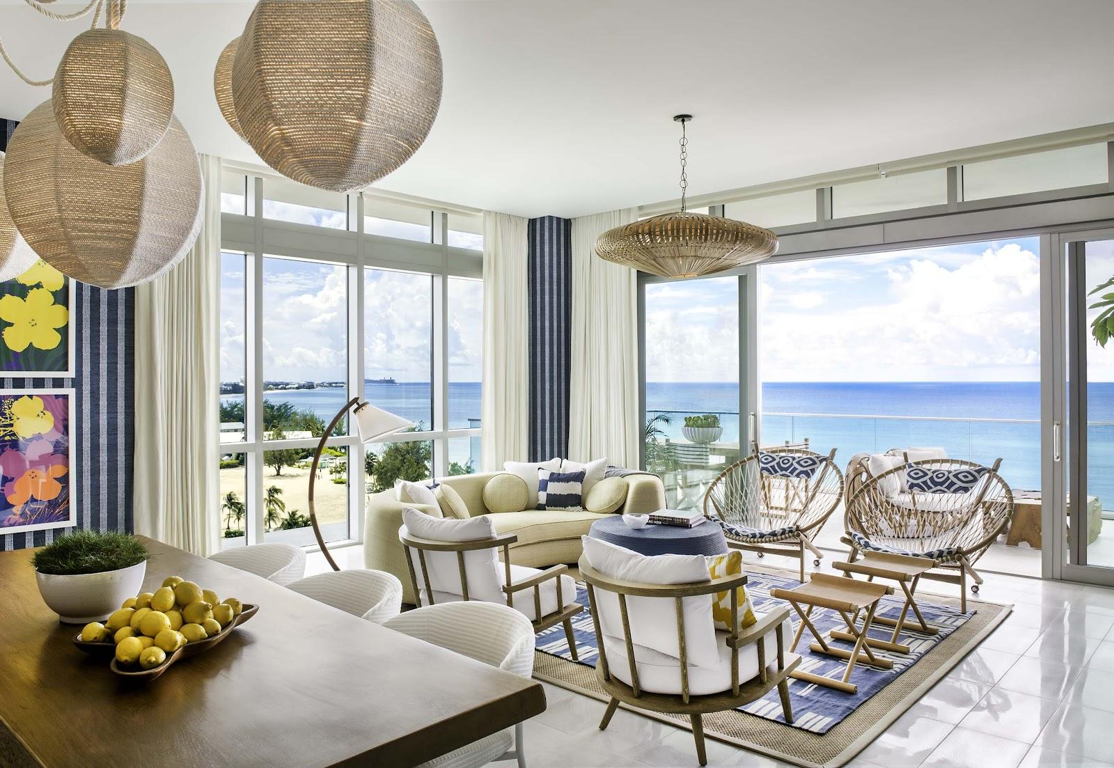 Inspirasi hunian bergaya tropical yang mendatangkan cahaya alami ke dalam rumah - source: prnewswire.com