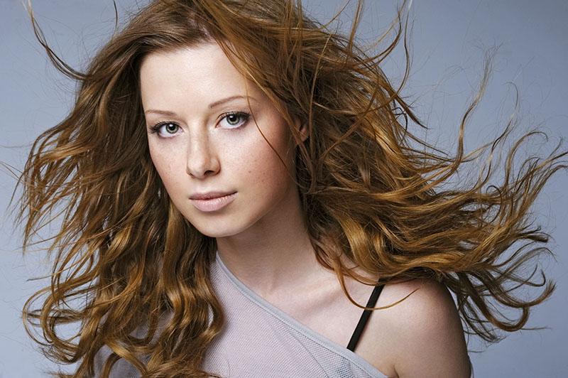 Popular Russian singer Yulia Savicheva: