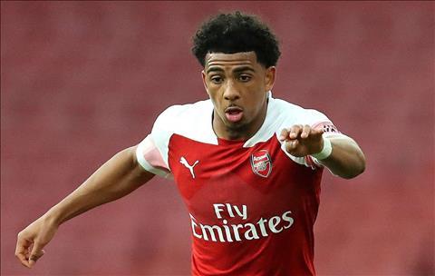 Sao tuổi teen Xavier Amaechi tiến gần cánh cửa rời Arsenal hình ảnh