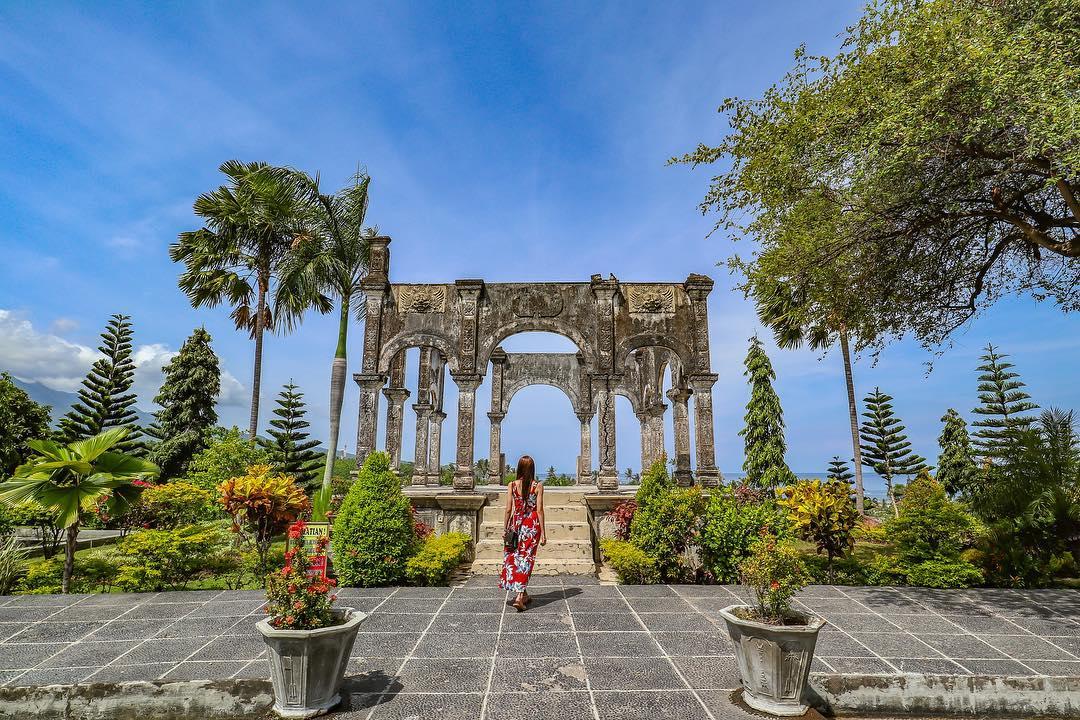 Taman Sukasada Ujung bali palace