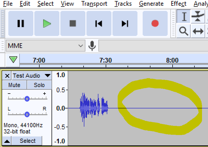 Audio file displayed in Audacity with a straight line circled
