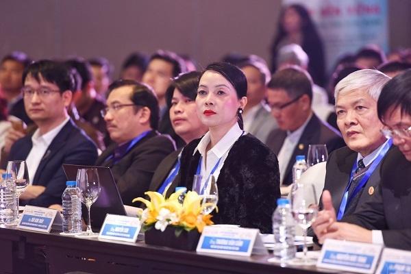 Nguyên thành viên đoàn đàm phán CPTPP của Việt Nam, Đại diện Hội đồng Kinh doanh Hoa Kỳ - ASEAN tại Việt Nam.