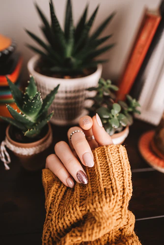 How to Train Yourself Up to Be A Professional Nail Technician