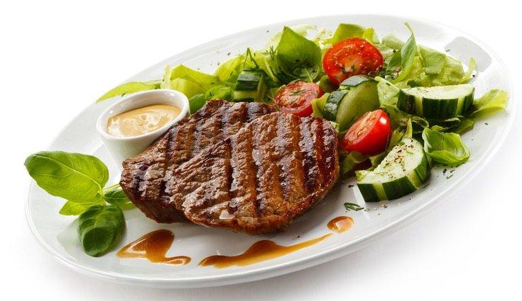 Se puede consumir creatina a través de la carne