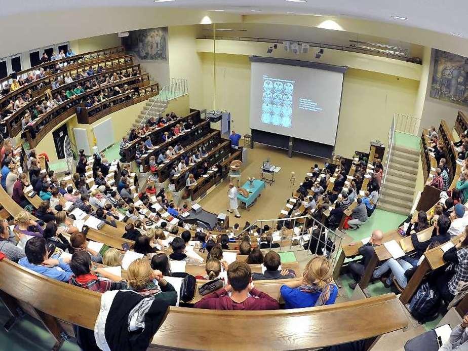 Một buổi học tại hội trường lớn của đại học Leipzig