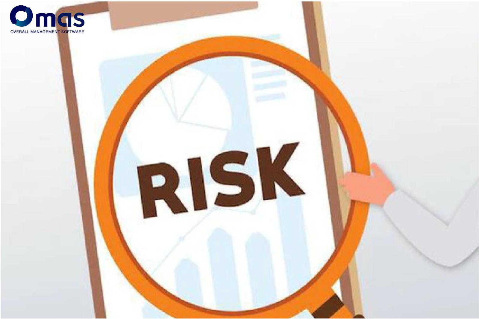 Doanh nghiệp cần phải giám sát rủi ro thường xuyên.