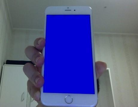 Có cách nào khắc phục lỗi iphone 6 Plus bị màn hình xanh