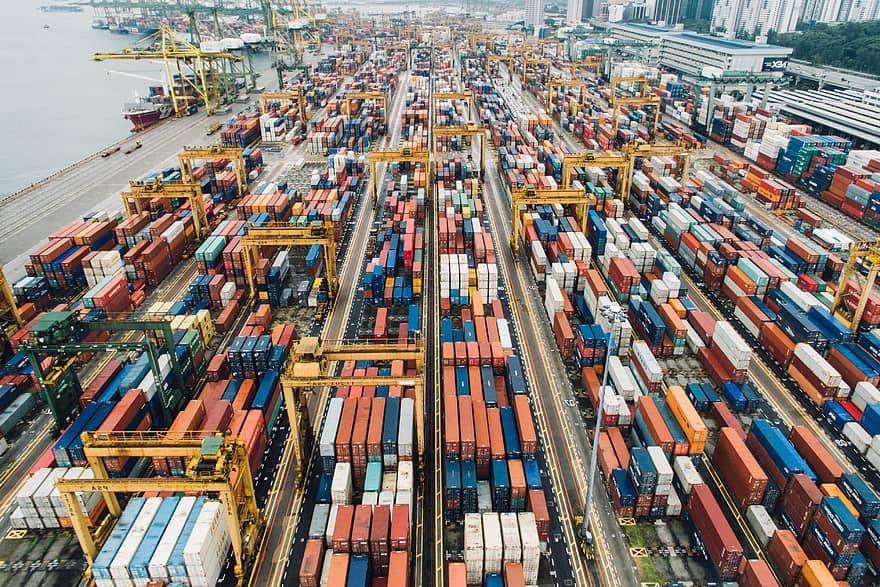 The logistics industry in Singapore