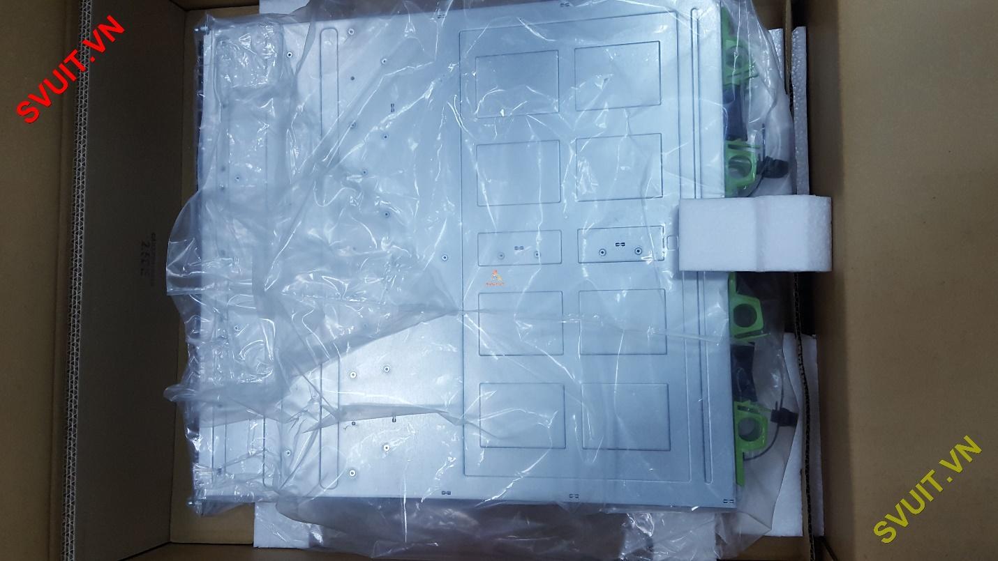 Drive Enclosure ETERNUS AF650 unboxing #3