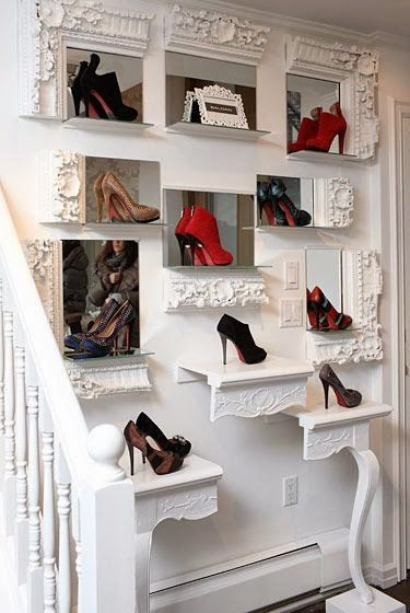 frame and mirrors DIY Retail Display Ideas