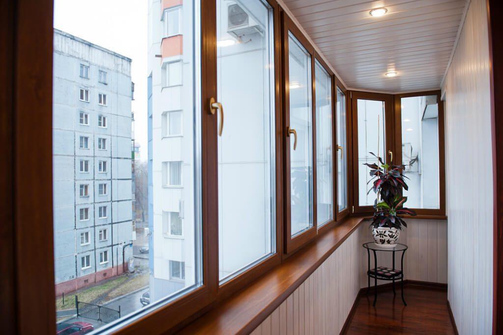 Остекление балкона пластиковыми окнами: лучшая цена в Харькове