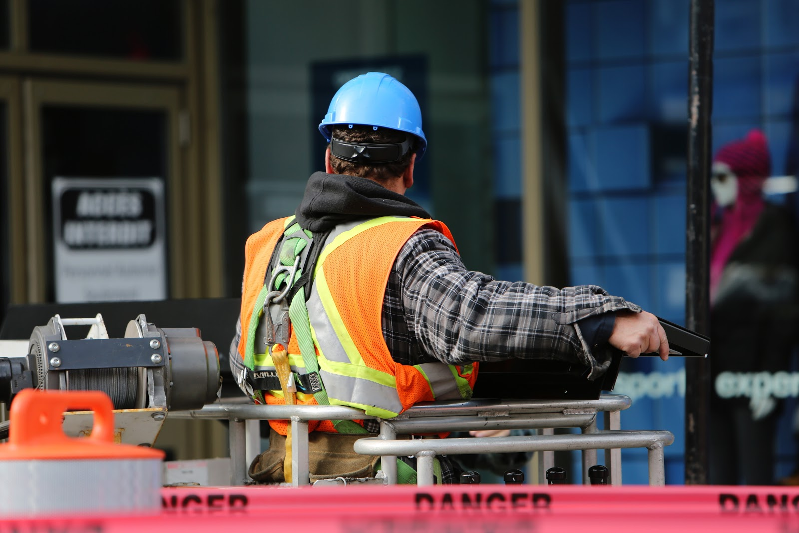 3 Ways to Keep on Top of Health and Safety in Your Company