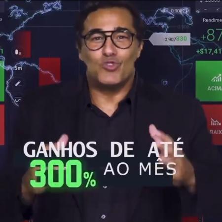 """Luciano Szafir com a legenda """"ganhos de até 300% ao mês""""."""