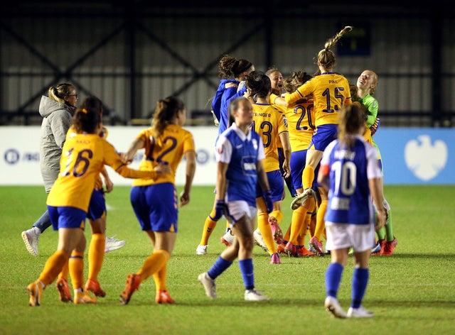 Everton eased past Birmingham on Wednesday evening