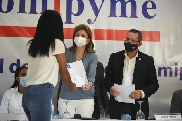 Raquel Peña afirma participación comunitaria es vital en la ejecución de políticas públicas del gobierno