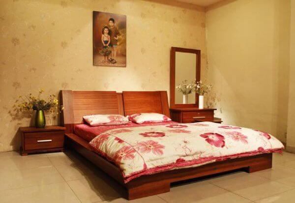 Phòng ngủ tránh đối diện với đường xe chạy
