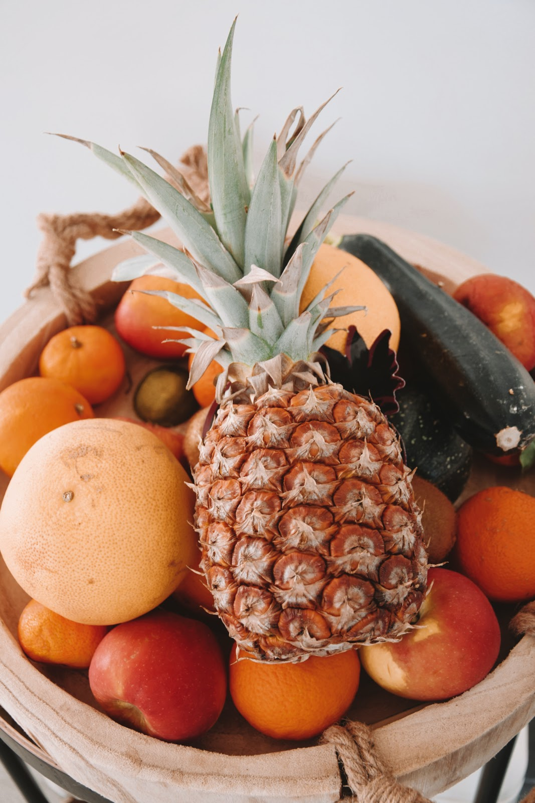 fruits with vitamins and minerals for healthy skin function