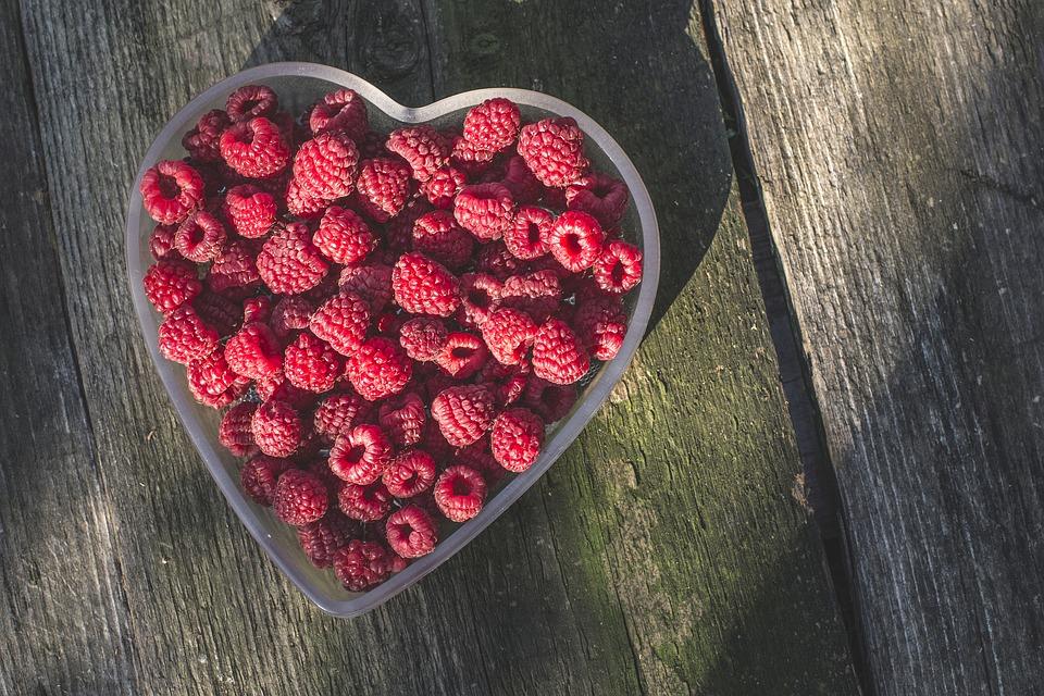 raspberries-1208146_960_720.jpg