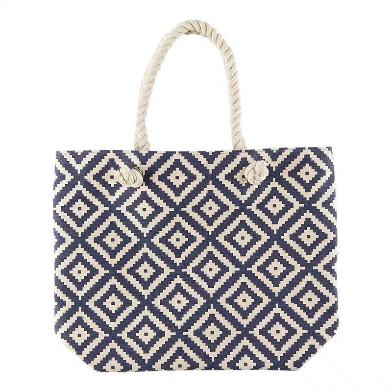 The Summer & Rose diamond tote is one of my favourite FabFitFun bags