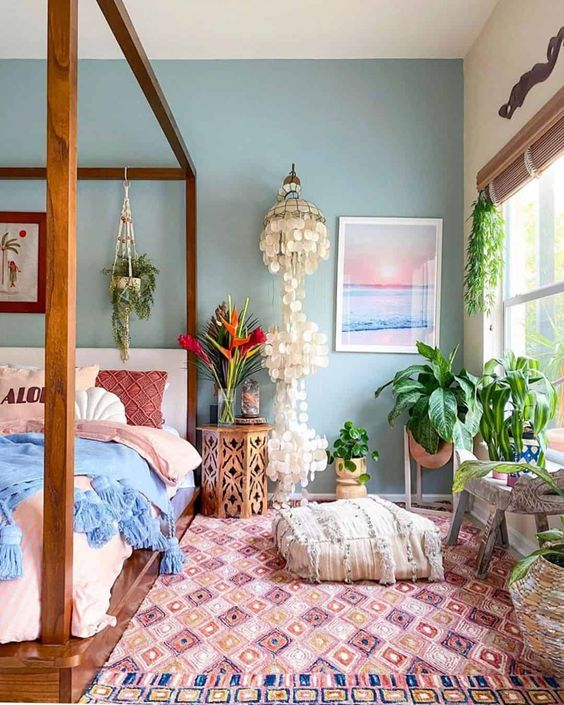 Bring Summer Atmosphere To Your Bedroom