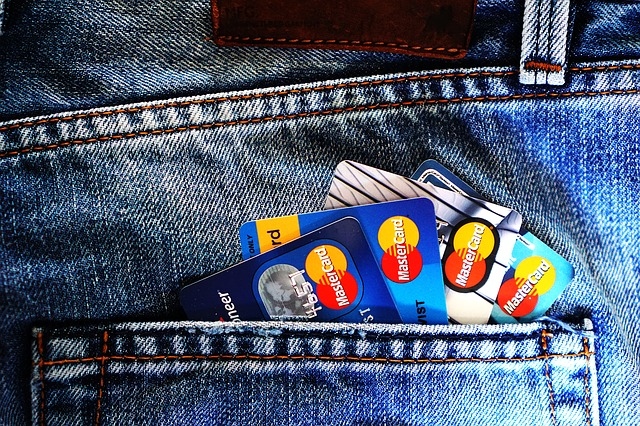 credit-card-1583534_640 (1).jpg