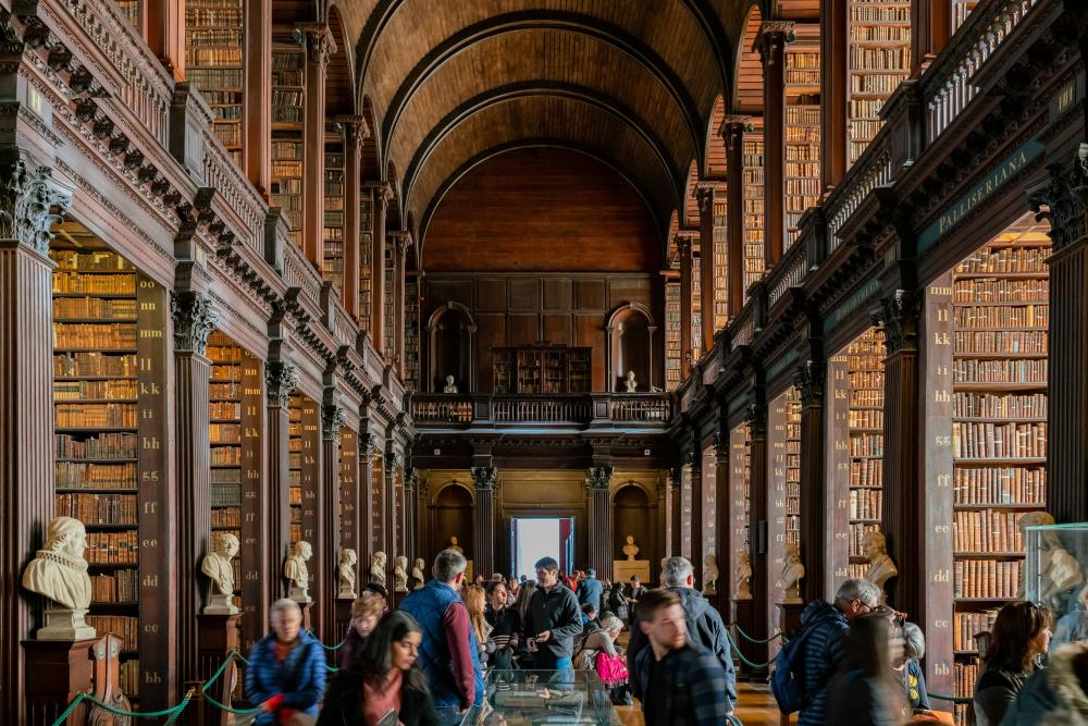 愛爾蘭打工遊學打工度假必去景點the books of kells
