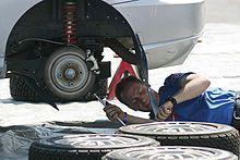 220px-Auto_Mechanic.jpg