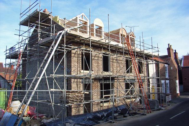building house 1.jpg
