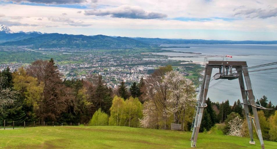 C:\janka\sajat\Jogász Cafe\Bodeni-tó_Bagó Tünde\Ausztria legnyugatibb pontja\E35_kicsik.jpg