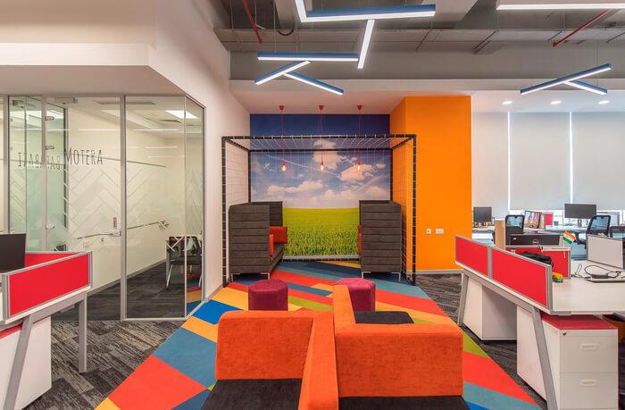 ý tưởng thiết kế nội thất văn phòng đa sắc màu