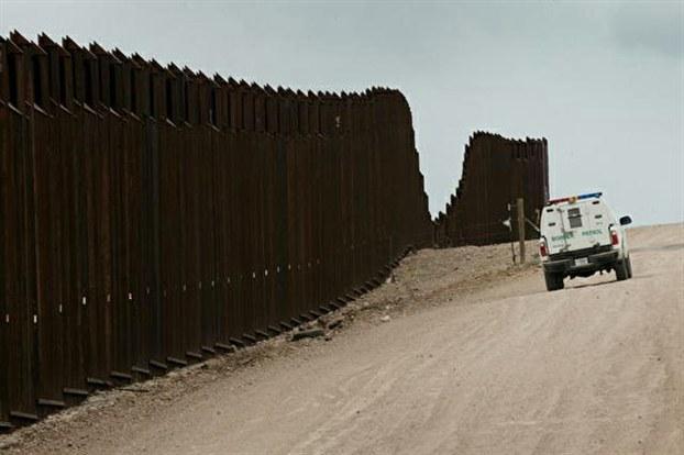 为美墨边境。(AFP)