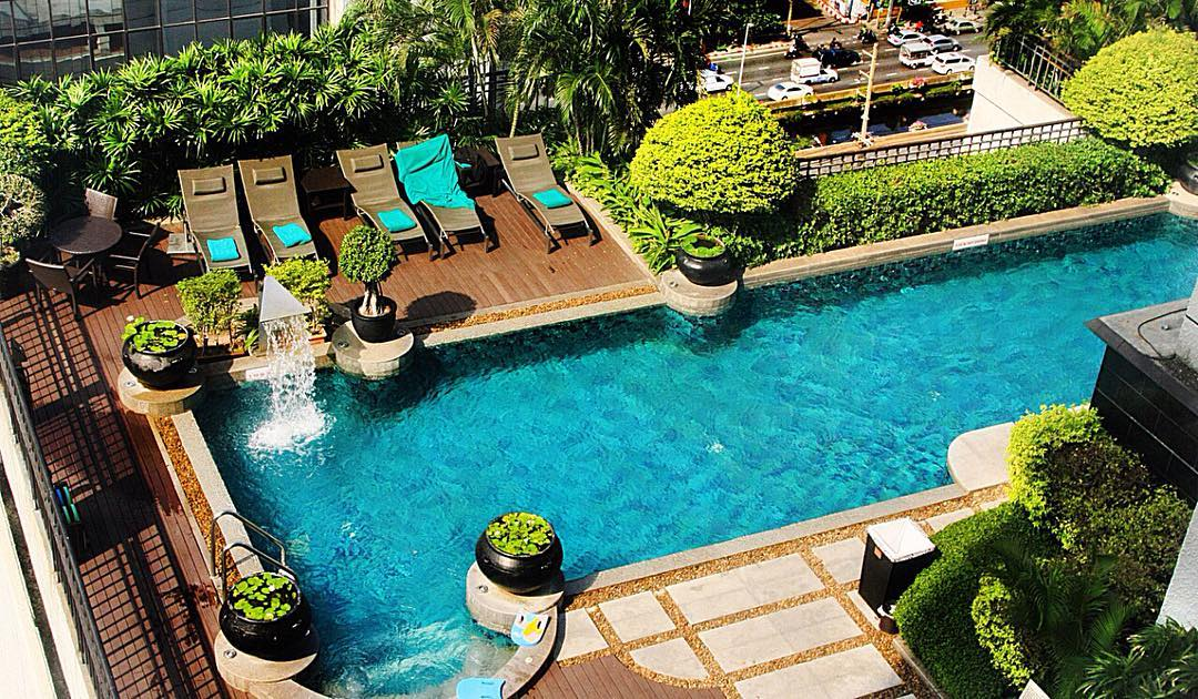 Pool at the Health Club at Banyan Tree Bangkok | Thailand Insider