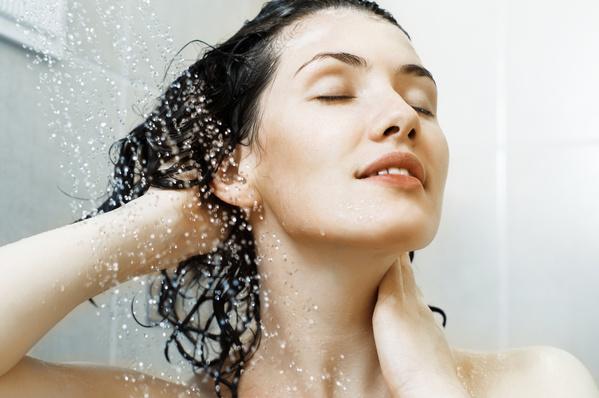 Tắm nước lạnh đem lại cảm giác sảng khoái