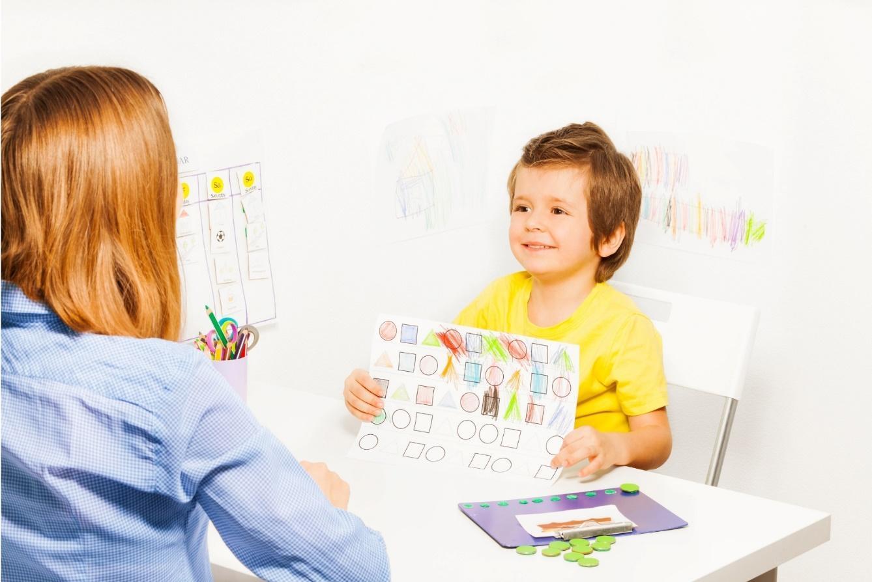 C:\Users\Инна\Desktop\Академия ДОП\Сентябрь\СТАТЬИ НЦРДО\25 АВА-терапия для аутистов - с чего начать\1.jpg