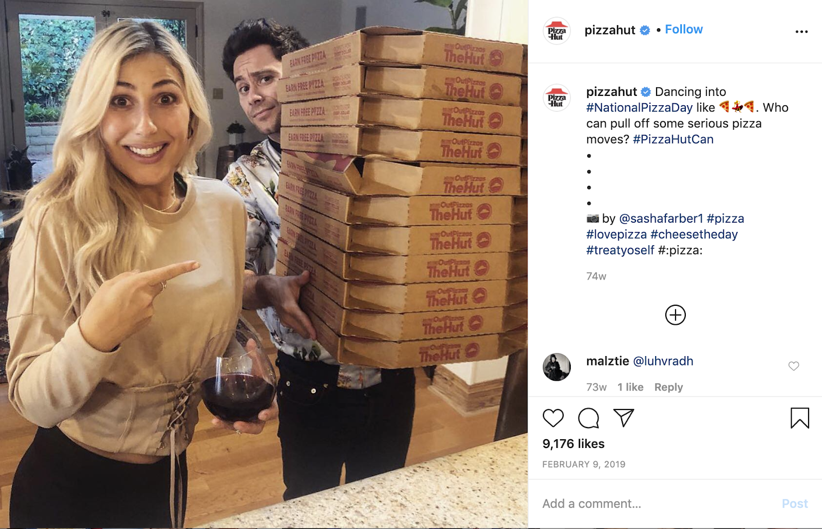 PizzaHut Facebook Social Media Post