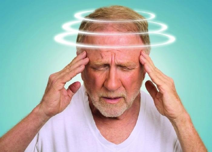 Kết quả hình ảnh cho hoa mắt chóng mặt buồn nôn đau đầu