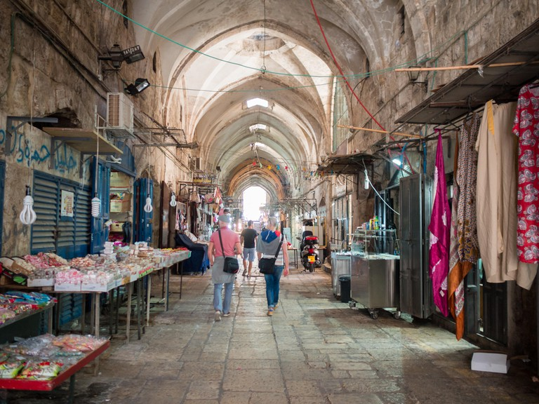 Aqbat e-Saraya covered street of the Muslim Quarter