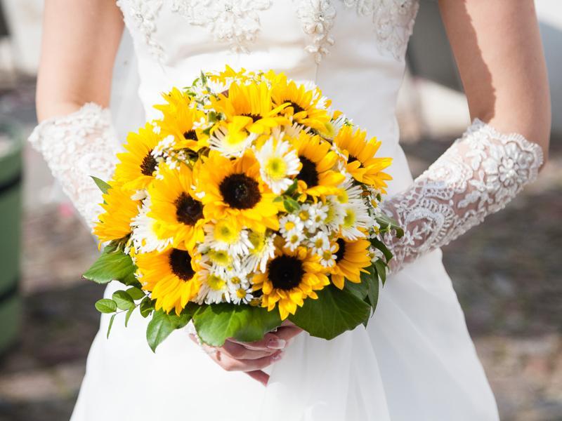 Kết quả hình ảnh cho hoa cưới