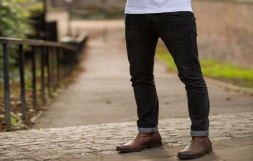 black jeans with boots