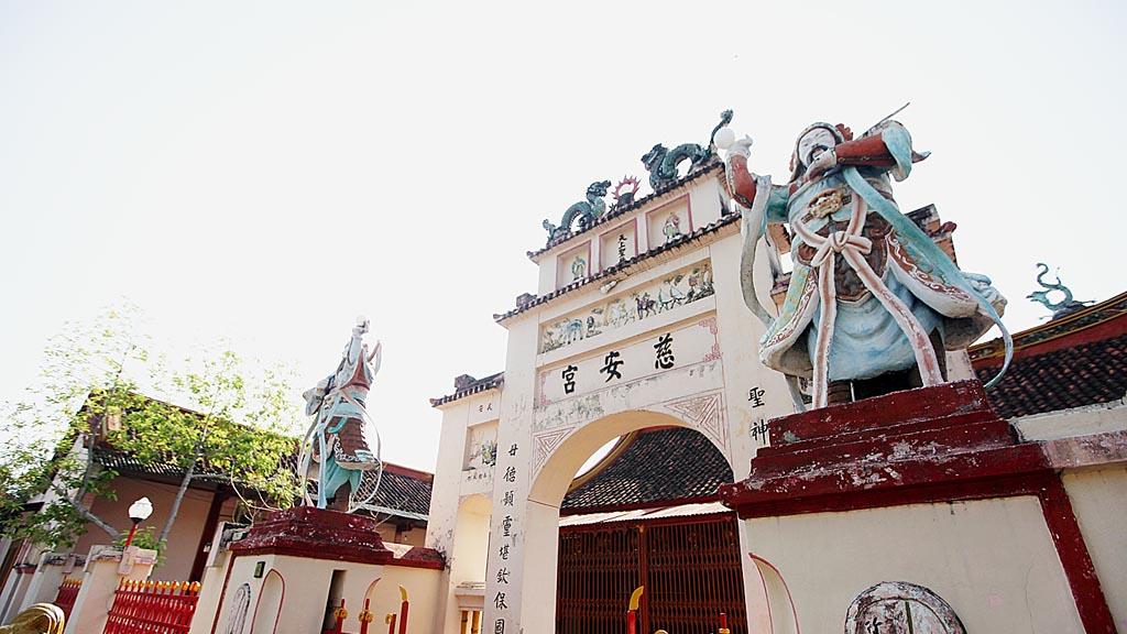 Kelenteng Cu An Kiong di Lasem, Kabupaten Rembang, Jawa Tengah, Rabu (18/5). Diperkirakan kelenteng tertua di Lasem tersebut dibangun pada abad ke 16 oleh pendatang Tionghoa ke Lasem.
