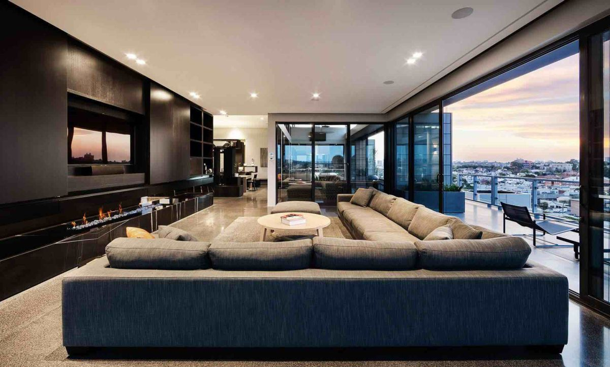 Coppin-Penthouse-living-room.jpg